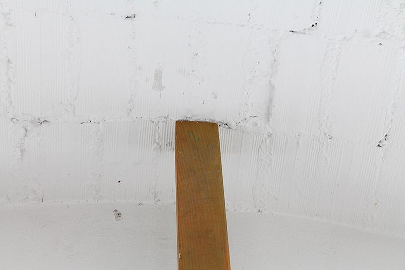 cuña metálica 5cm x 20cm, viga de madera medidas variables