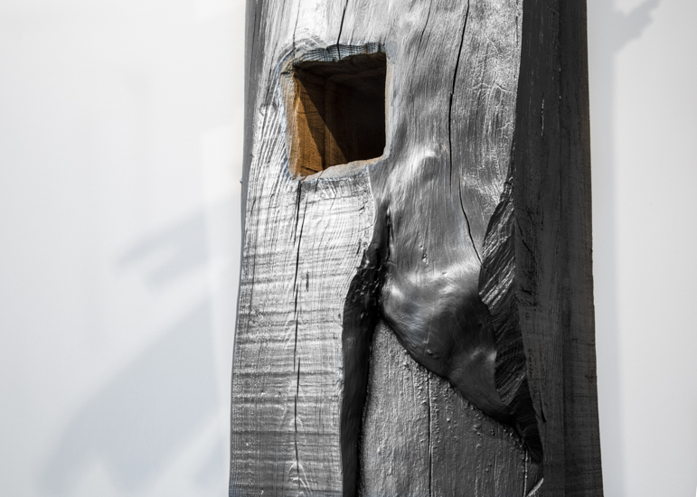 Footer, 2017 Wood, graphite and gallery's hammer 243 x 28 x 140 cm